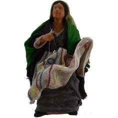 Donna seduta che cuce 16 cm  - 1