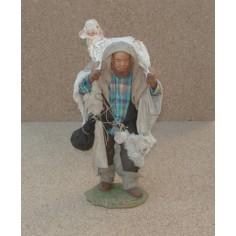 Pastore Lux con pecora a spalle cm 24 Mondo Presepi