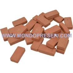 Mattoni in terracotta mm 25x12x7 disponibili in: Mondo Presepi