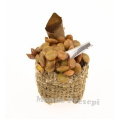 3 cm jute bag with chestnuts