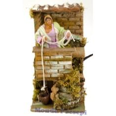 Donna sul balcone