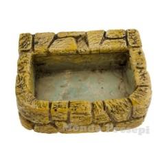 Drinking trough in stones 5.2x4.2 cm
