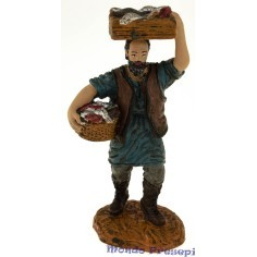 Fishmonger with boxes 10 cm Oliver