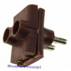 Triple plug for low voltage