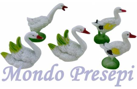 Set of 5 animals, geese and swans