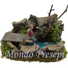 Capanna in legno e sughero con fontana funzionante