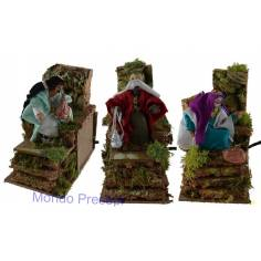 Three Wise Men in movement, 10 cm in covered terracotta