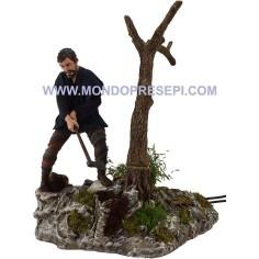 Mondo Presepi Boscaiolo cm 30 che abbatte l'albero